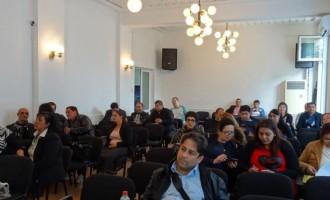 """На 12.04.2016 година в община Тунджа се проведе Кръгла маса на тема """"Диалогът между ромската общност и местната власт – демонстриране на добра практика"""""""